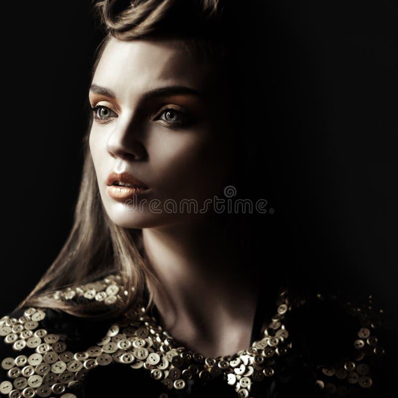Królowa. Mod kobiety fotografia royalty free