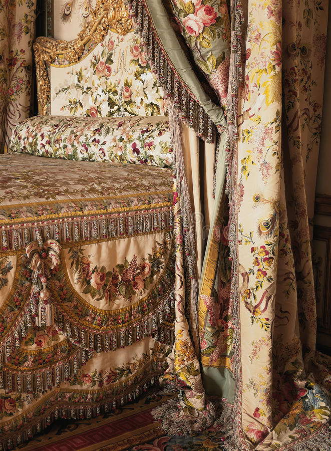 Królowej Maria Antoinette łóżko przy Versailles pałac obraz stock