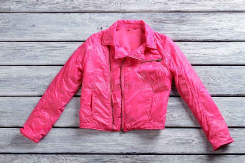 Krótka różowa kurtka obrazy royalty free