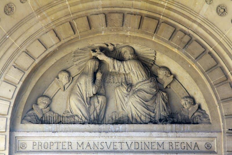 Krönung von gesegneten Jungfrau Maria lizenzfreie stockfotos