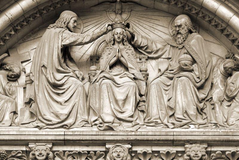 Krönung von Jungfrau Maria stockfotos