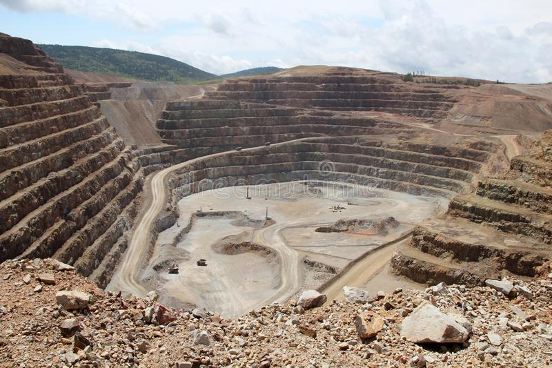 Krüppel-Nebenfluss u. Victor Gold Mine lizenzfreie stockfotos