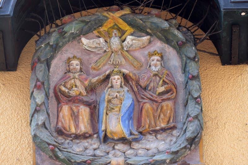 Kr?ning av den jungfruliga Maryen arkivbild