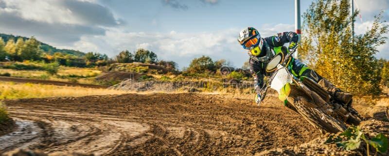 Krańcowa Motocross MX jeźdza jazda na drodze polnej obraz stock