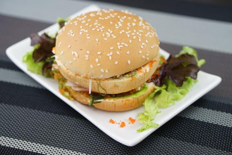 Krab en Alga Burger royalty-vrije stock foto