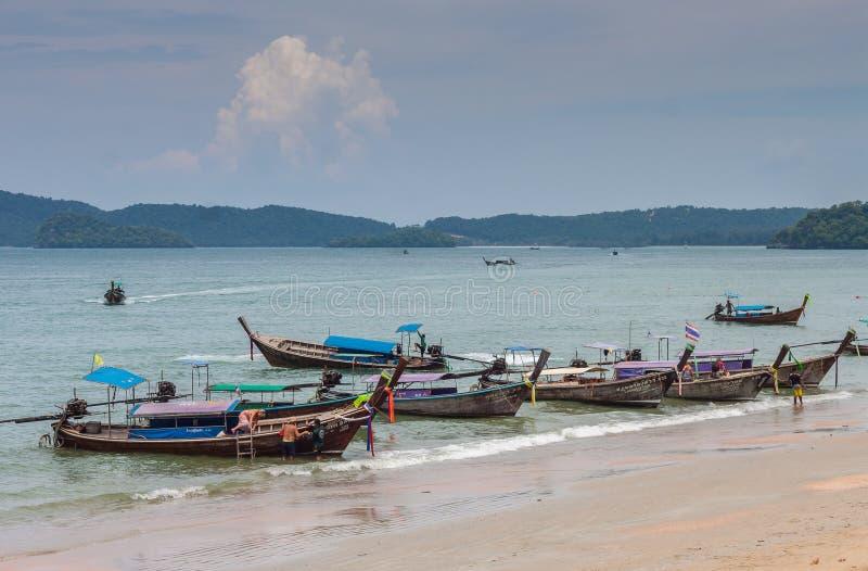 Krabi Tailândia - Krabi 20: Opinião do mar da praia em Krabi Tailândia 20/0 fotos de stock royalty free