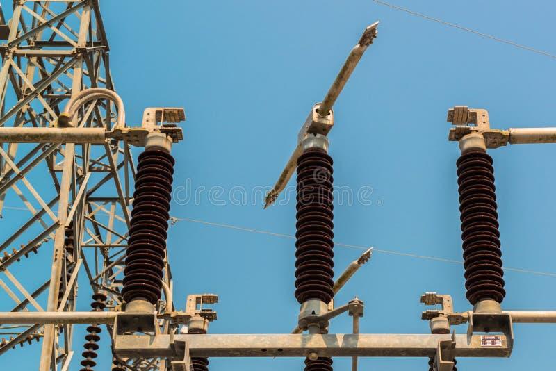 Download Krachtcentrale Voor Het Maken Van Elektriciteit Stock Foto - Afbeelding bestaande uit blauw, efficiency: 39108110