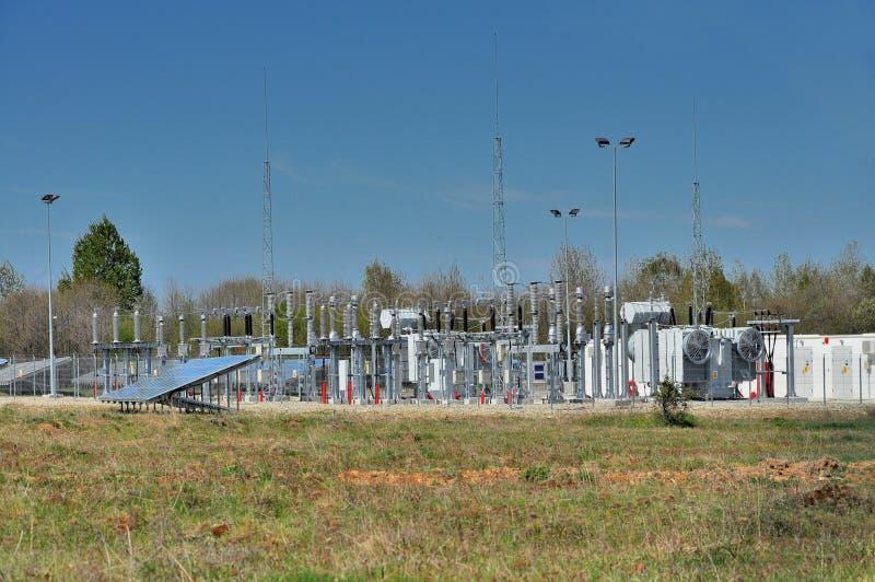 Krachtcentrale voor photovoltaic park royalty-vrije stock foto