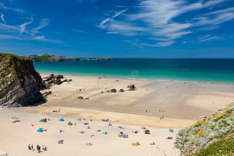 Krachtig Glansstrand Newquay Cornwall Engeland stock foto