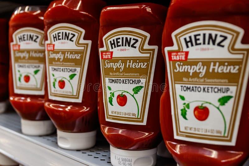 Kraft Heinz marcou a ketchup Kraft Heinz é o quinto - a empresa alimentar a maior no mundo mim fotos de stock royalty free