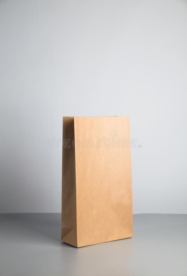 kraft pappers- påse arkivfoto