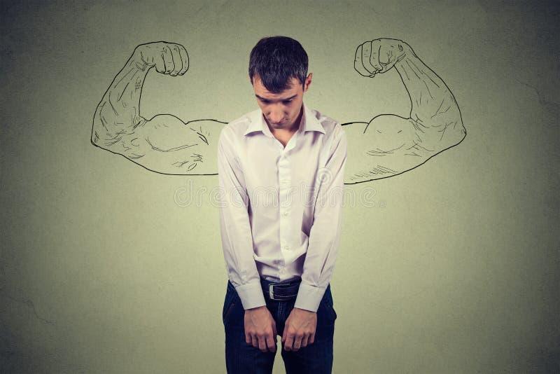Kraftig grabbverklighet vs ambitionönsketänkandebegrepp Ledset se för man besegrar arkivfoton