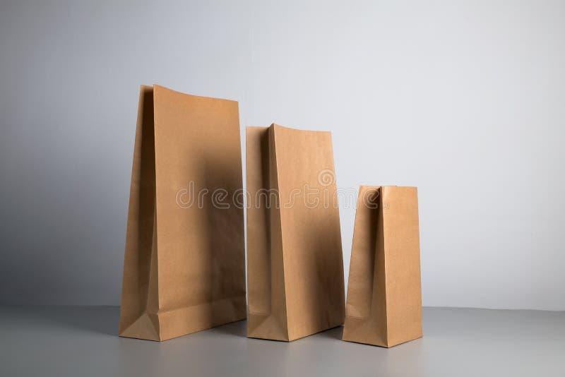 Kraftpapiertasche stockfotografie