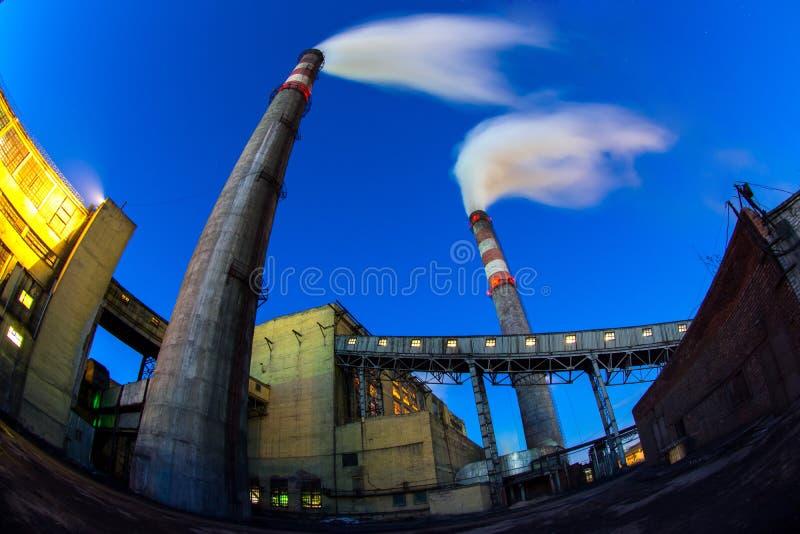 Kraftwerk der Kohle lizenzfreie stockfotos
