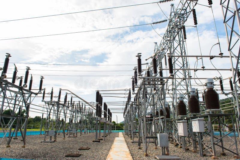 Kraftwerk für die Herstellung der elektrischen Energie stockbild