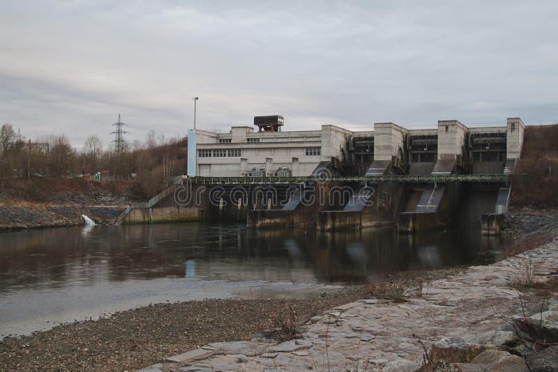Kraftwerk Traun-Pucking arkivbild