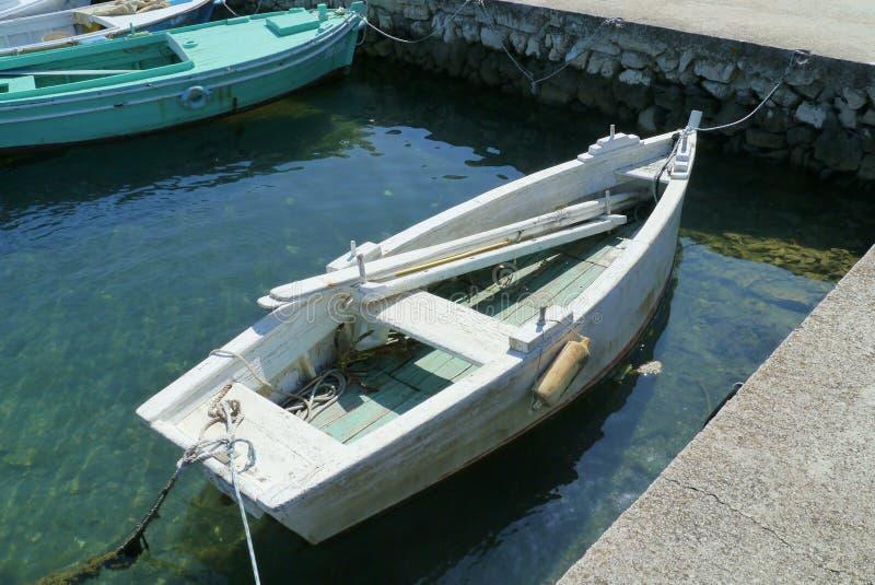 Kraj港口在克罗地亚海岛Pasman上的 免版税库存照片