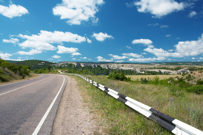 Download Kraj autostrada zdjęcie stock. Obraz złożonej z fielder - 13335570