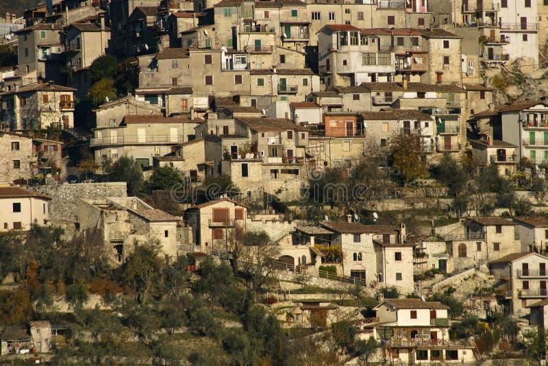 Kraj Castel di Tora, w regionie Lazio, Włochy zdjęcie stock