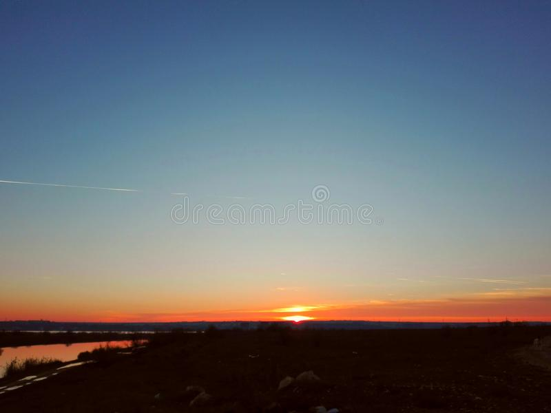 Download Krajobraz zdjęcie stock. Obraz złożonej z niebo, krajobraz - 106908854