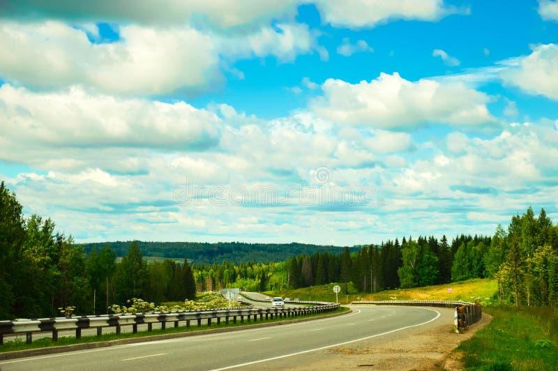 Download Krajobraz obraz stock. Obraz złożonej z niebo, cara, błękitny - 53786259