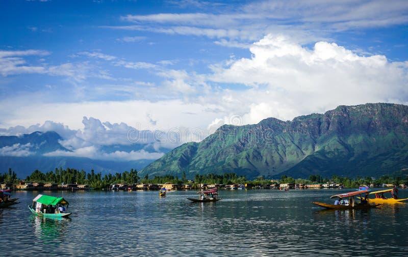 Krajobraz Dal jezioro w Srinagar, India obraz royalty free