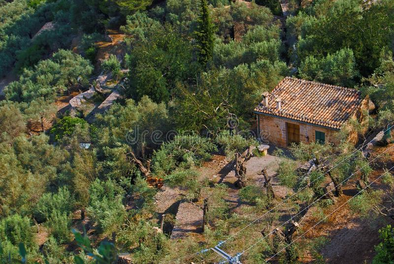 KRAJOBRAZ MAŁY dom W SERRA DE TRAMUNTANA, MAJORCA zdjęcie royalty free