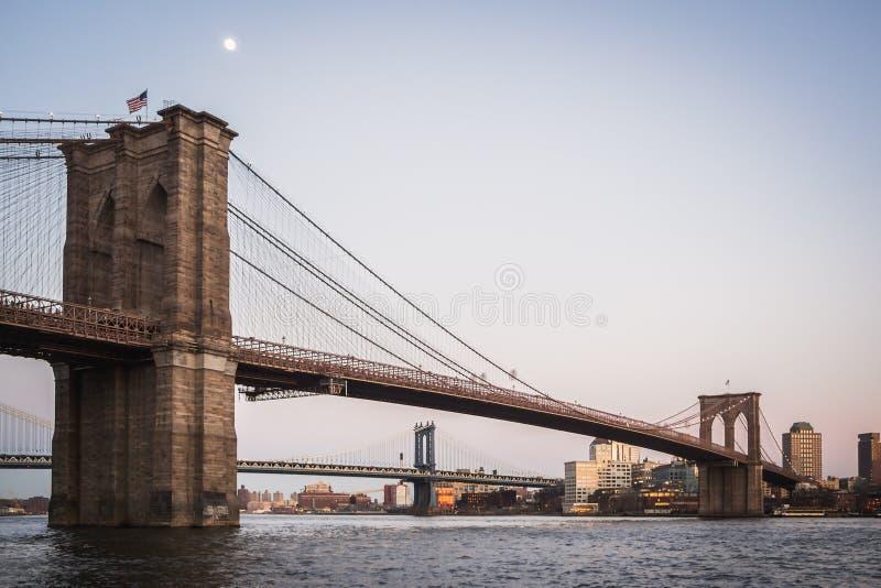 Krajobraz Manhattan most brooklyński na Wschodniej rzece i most obraz stock