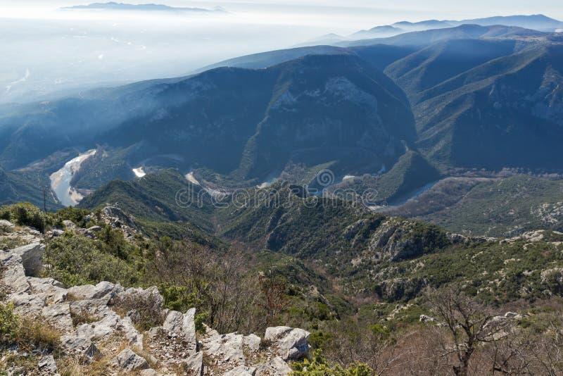 Krajobraz Nestos Rzeczny wąwóz blisko miasteczka Xanthi, Grecja fotografia royalty free