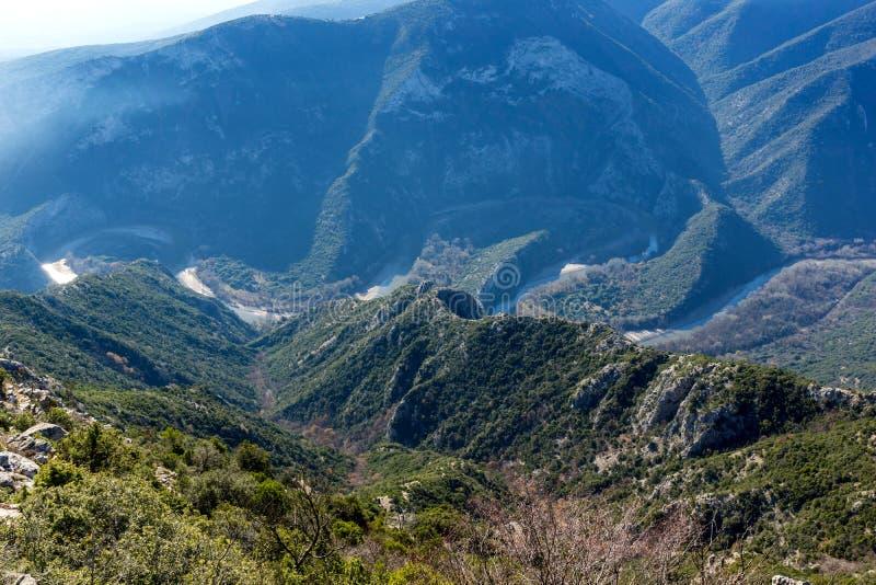 Krajobraz Nestos Rzeczny wąwóz blisko miasteczka Xanthi, Grecja obraz stock