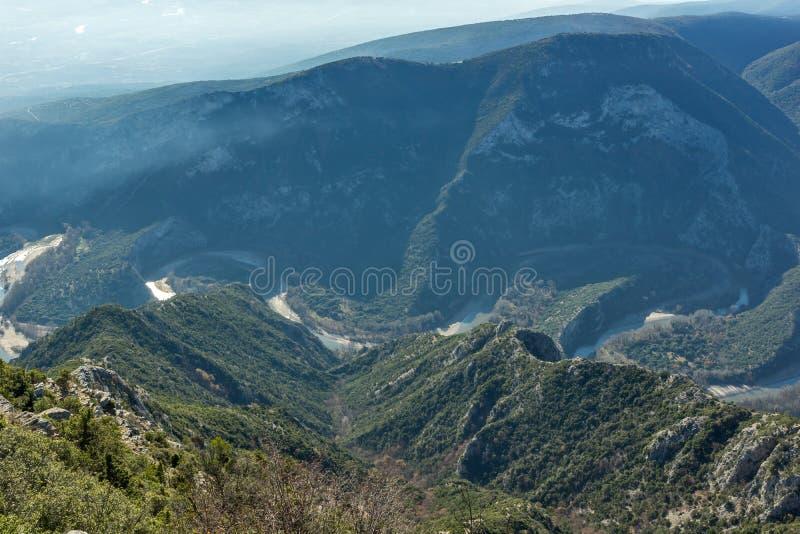 Krajobraz Nestos Rzeczny wąwóz blisko miasteczka Xanthi, Wschodni Macedonia i Thrace, Grecja obraz stock