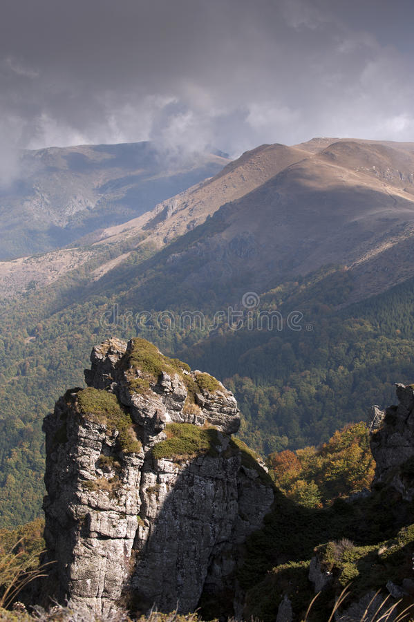 Krajobraz przy Bałkańskiej góry parkiem narodowym w Serbia Europa (Stara Planina) obrazy royalty free