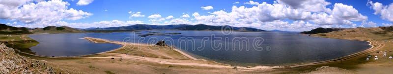 Krajobraz przy Białym jeziorem, Mongolia zdjęcia royalty free