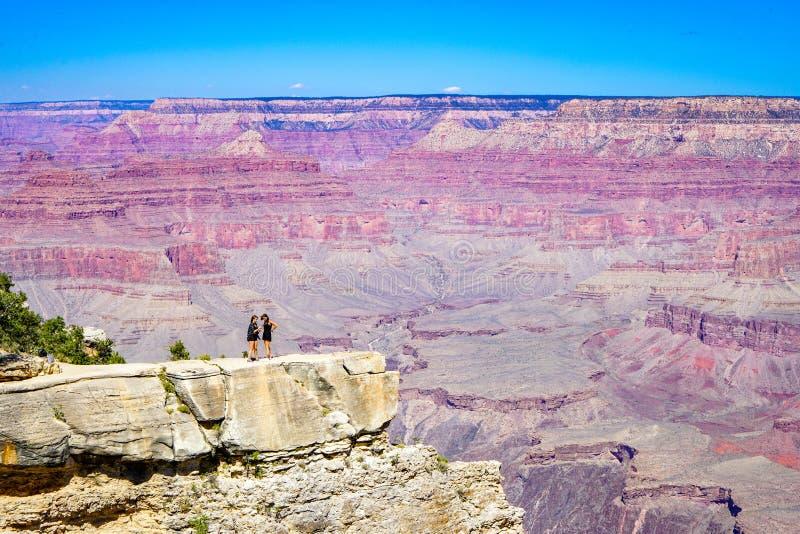 Krajobraz przy uroczystego jaru parkiem narodowym i pozycja na falezie fotografia royalty free
