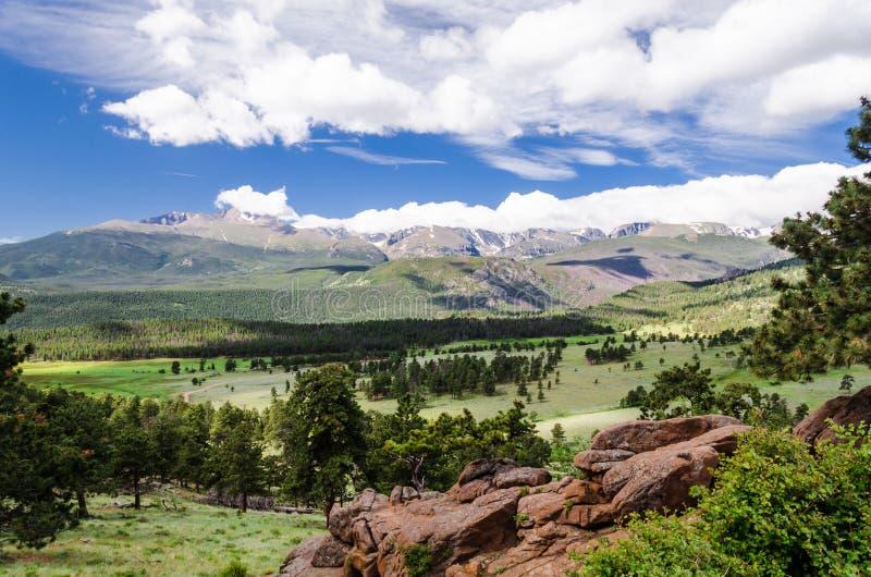 Krajobraz skaliste góry zdjęcia royalty free