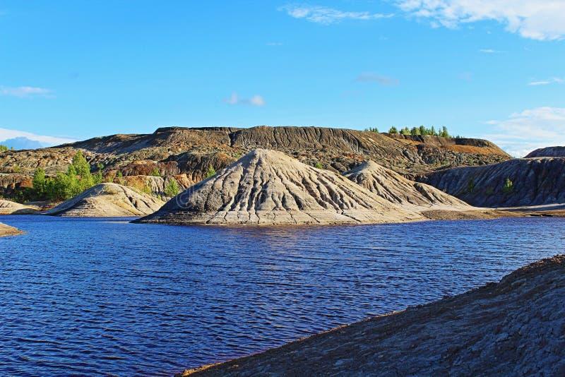 Krajobraz Woda i góry obrazy royalty free