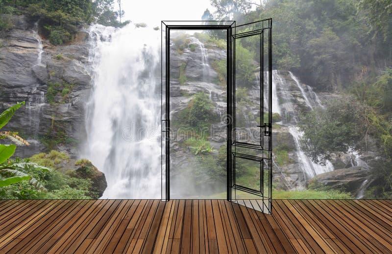 Krajobraz za otwarcia drzwi obrazy royalty free