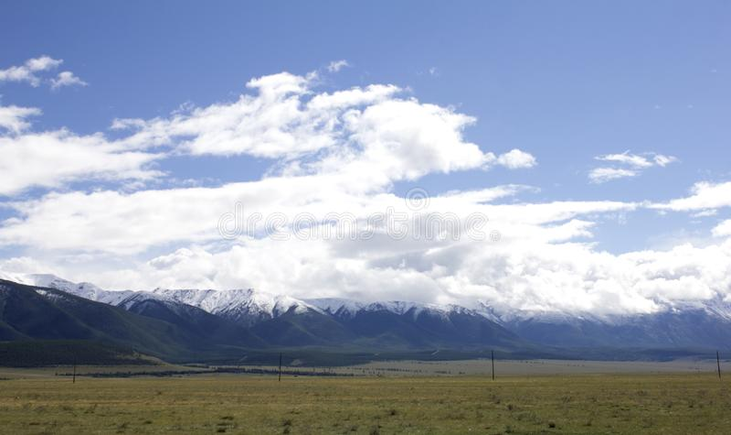 Krajobrazowy Rosja Altai W tło górze Piękny jesień krajobraz, widok halny jezioro zdjęcia royalty free