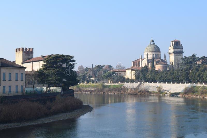 Download Krajobrazowy sull'Adige zdjęcie stock. Obraz złożonej z city - 65226366
