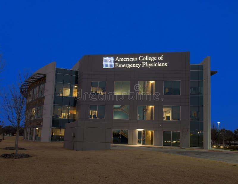 Krajowe kwatery główne, Amerykańska szkoła wyższa Przeciwawaryjni lekarzi obrazy royalty free