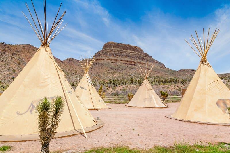 Krajowy wigwam Amerykańscy indianie obrazy royalty free