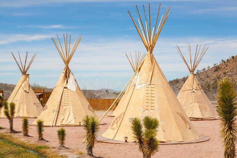 Krajowy wigwam Amerykańscy indianie obraz royalty free