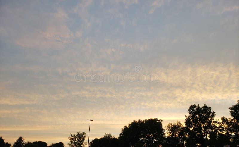 Kraju niebo obraz stock