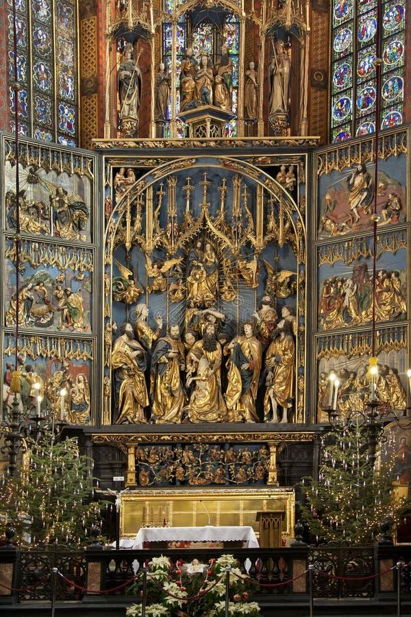 Kraków - iglesia de St Maria - Polonia imagenes de archivo