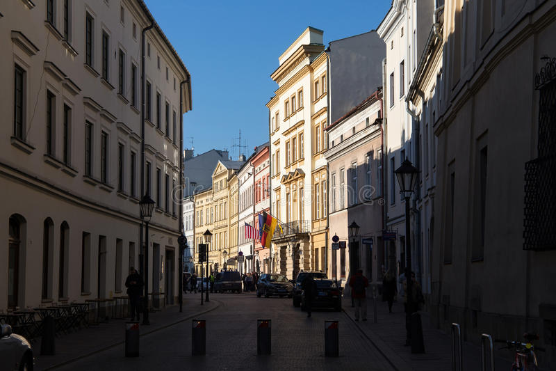 KRAKAU, POLEN - 28. MÄRZ 2017: Stolarska-Straße in der alten Mitte von Krakau lizenzfreie stockbilder