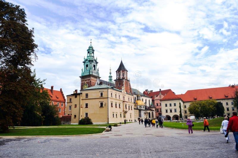 Krakau, Polen Wawelkathedraal en kasteel stock foto