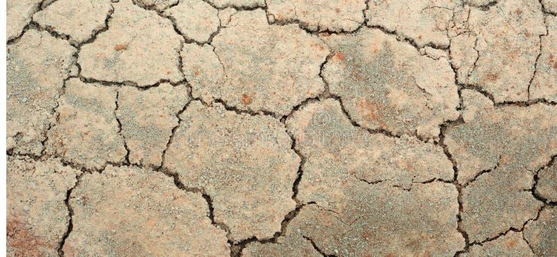 Download Krakingowa ziemia obraz stock. Obraz złożonej z kamienie - 13327461