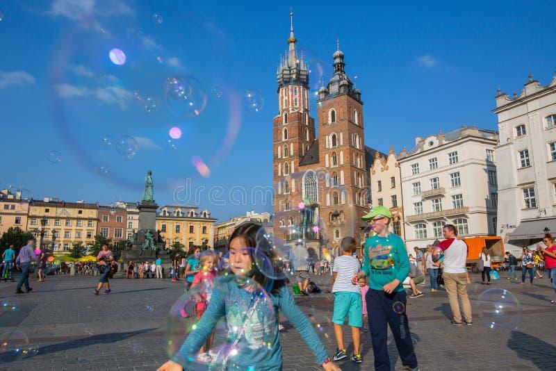 krakow Польша Главным образом рыночная площадь стоковые фотографии rf