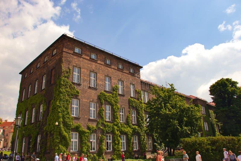 Krakow, Polônia 1º de junho de 2019: Cidade velha da cidade com arquitetura bonita fotos de stock royalty free