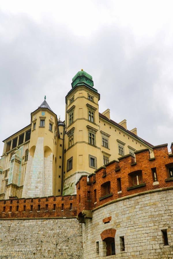 Krakow Polen - Maj 21, 2019: Krakow - Polen historisk mitt, en stad med forntida arkitektur arkivbild